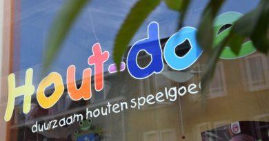 Hout doe | houten kinderspeelgoed winkel